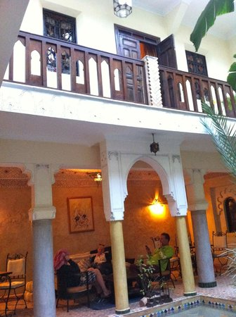 Riad Nomades: the courtyard