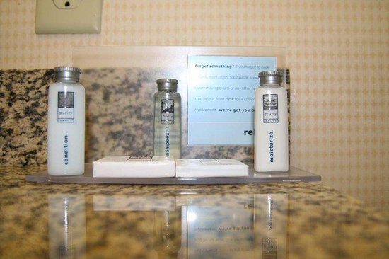 Hampton Inn Galax: Bath Amenities