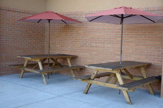 Quality Inn Gallipolis: Picnic Area