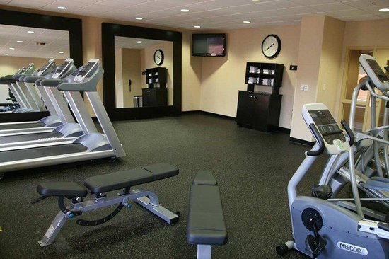 Hampton Inn and Suites Chicago-Libertyville: Fitness Center