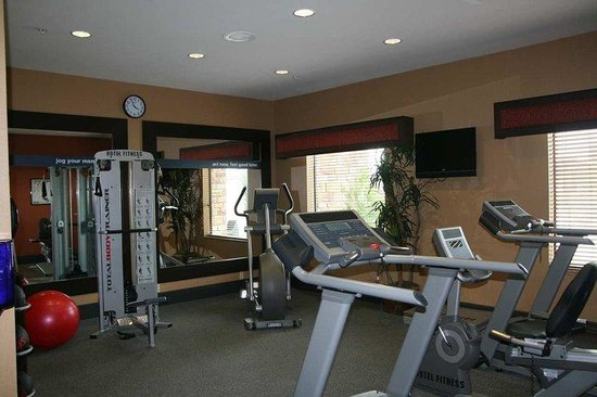 Hampton Inn &amp; Suites Fort Worth / Forest Hills: Fitness Center
