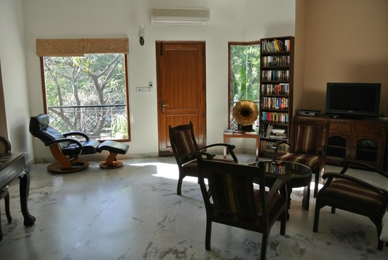 Saubhag Bed and Breakfast: somewhere to sit other than your room ....and books