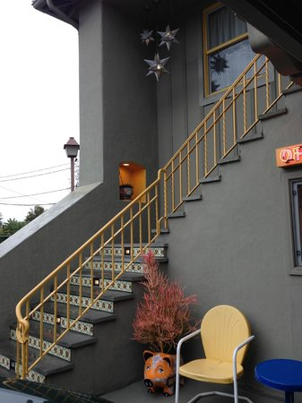 Agave Inn: The steps to the 2nd floor