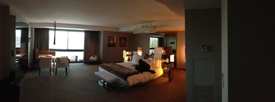 SLS Hotel at Beverly Hills: Room