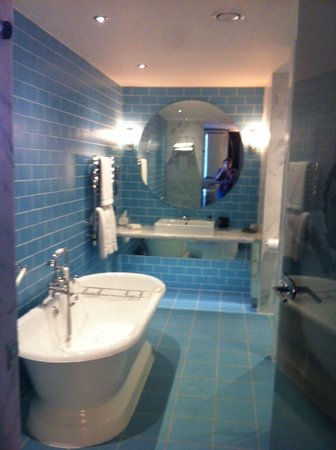 Merchant Hotel: Bathroom