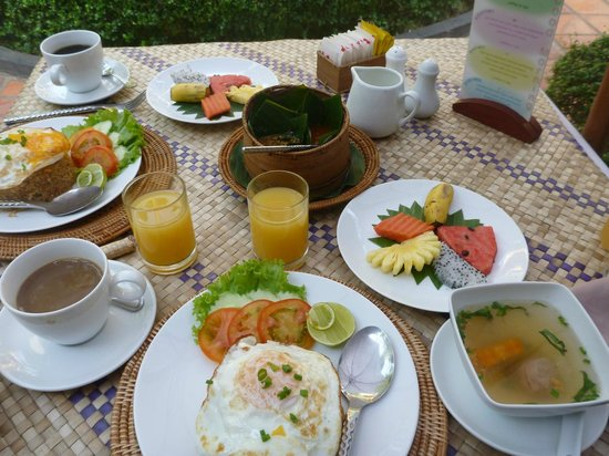 Bopha Angkor Hotel & Restaurant : Breakfast