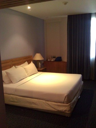 Viengtai Hotel: Guest Room