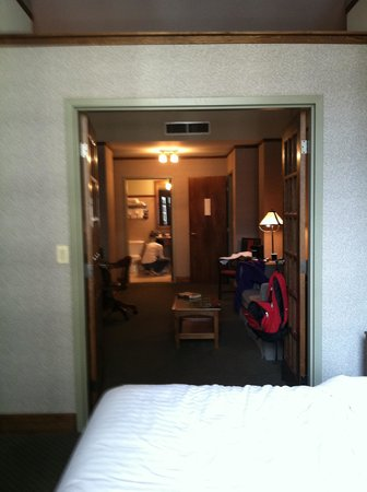 The Silversmith Hotel & Suites: Our room