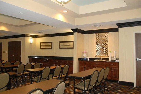 Hampton Inn Monticello, AR: Meeting Room Wetbar