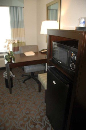 Hampton Inn Monticello, AR: MicroFridge