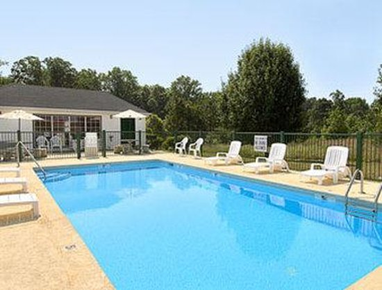 Union Days Inn: Pool