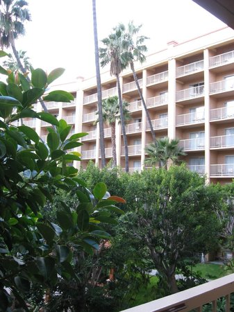 Crowne Plaza Hotel San Diego - Mission Valley: Photo from balcony third floor