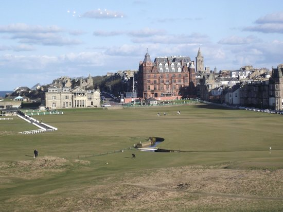 Old Course Hotel, Golf Resort &amp; Spa: the first and eighteenth at st andrews