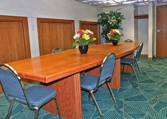 Rodeway Inn Billings: MTRoadway Inn PConference Room