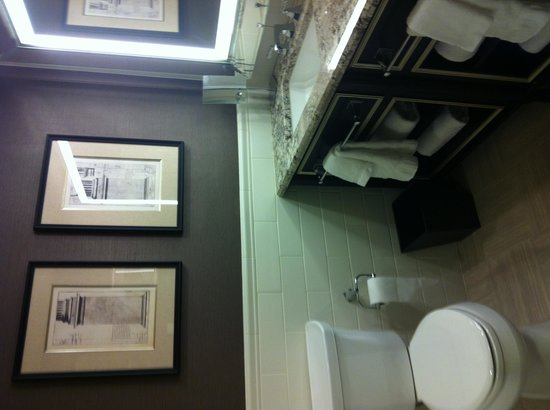 ‪‪Loews Madison Hotel‬: Bathroom‬