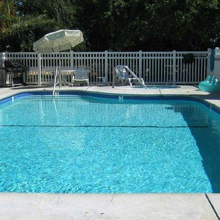 Woodland, CA: Pool -OpenTravel Alliance - Pool View-