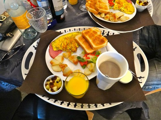 Le Domaine du Lac Saint Charles: Breakfast was perfect