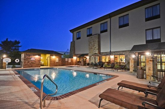 ‪BEST WESTERN PLUS Emory at Lake Fork Inn & Suites‬