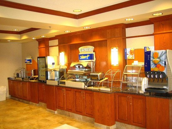 Red Roof Inn Brentwood / Nashville: Breakfast Bar