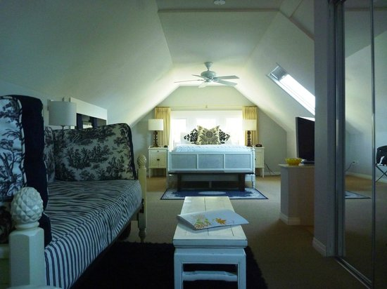 Barclay House Bed and Breakfast: Peak Room