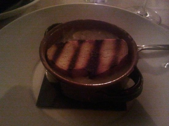 Casa Coppelle: Onion Soup