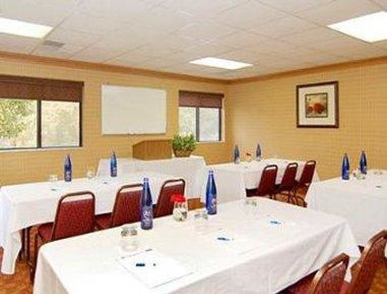 Runnemede, NJ: Meeting Room