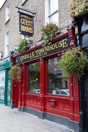 O'Neills Victorian Pub & Townhouse