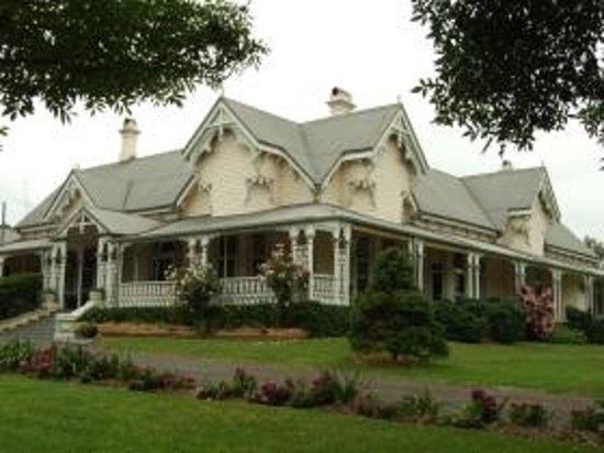 Harrow homestead and gardens cambooya australia Better homes and gardens website australia