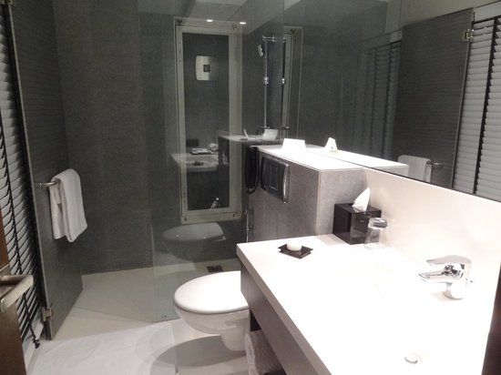 301 moved permanently for Bathroom designs mumbai