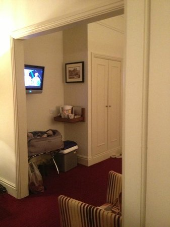 The Crown Hotel: Twin Room