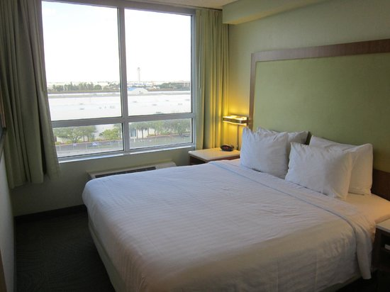 SpringHill Suites Miami Airport South: Bedroom
