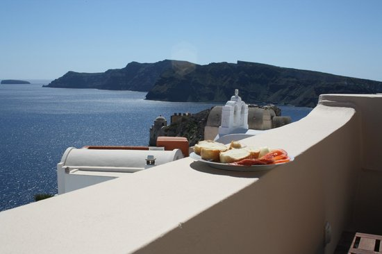 Lucky Homes - Oia: balcony viiew