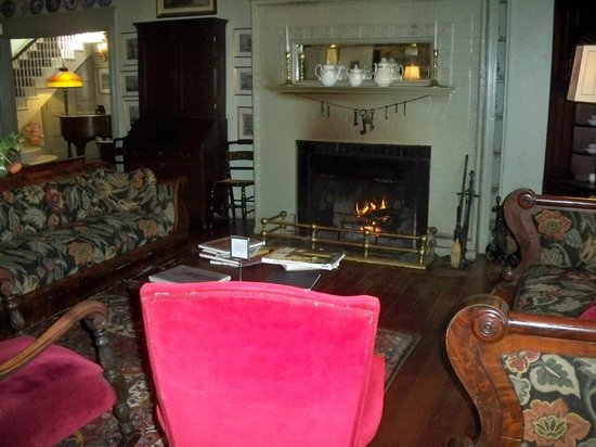The Red Lion Inn: Lobby