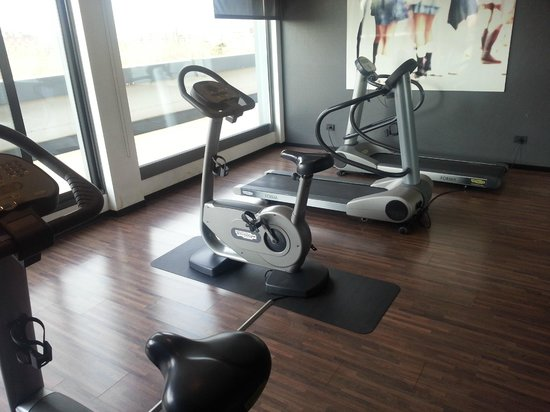 AC Hotel Bologna by Marriott: Palestra Technogym