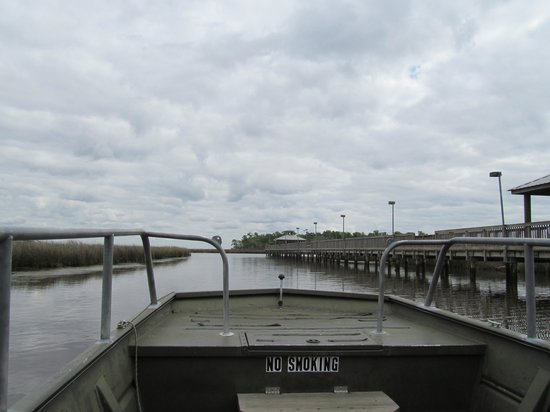 Gautier, MS: Leaving out from the City Park Dock
