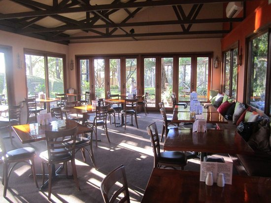 Hunter Valley Resort: San Martino Restaurant for Breakfast