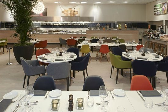 Kista, Sweden: Restaurant Open kitchen