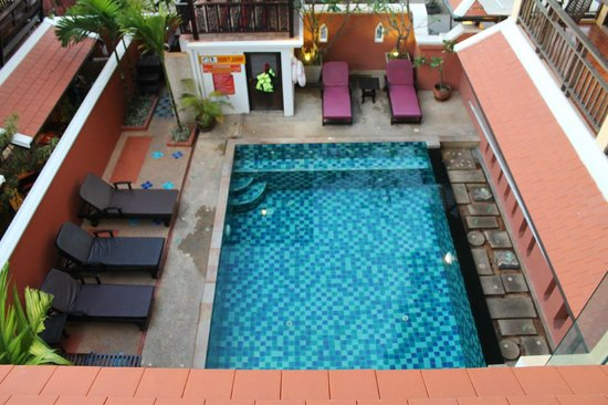 Chang Thai House: piscina