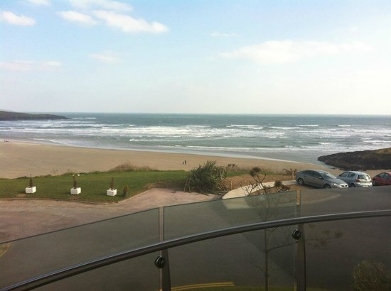 Inchydoney Island Lodge & Spa: nice view, if we didnt ask to be moved we would have been looking directly into the restaurant