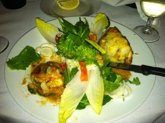 Amesbury, MA: crab-stuffed sole & filet mignon in puff pastry