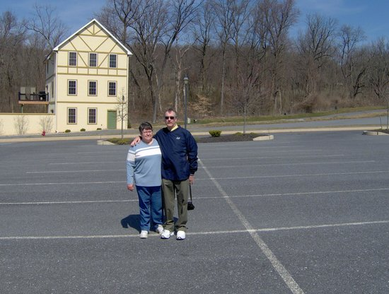 Adamstown, PA: parking lot with one building behind us
