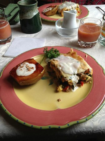 Hill House Bed &amp; Breakfast Inn: Breakfast Lasagna