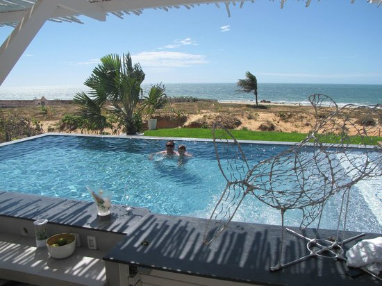 The Chili Beach Boutique Hotel &amp; Resort: Vista do bar da piscina