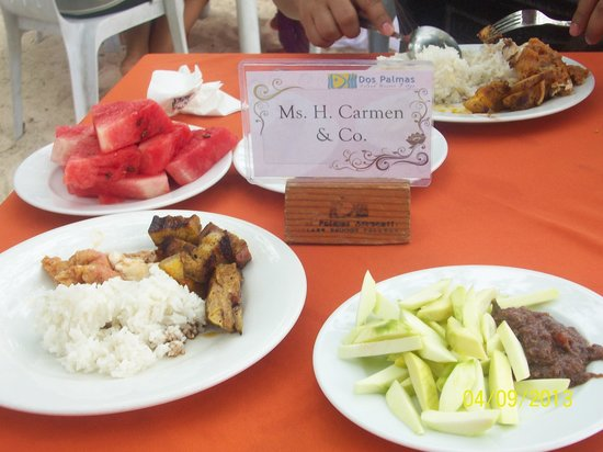 Dos Palmas Island Resort &amp; Spa: buffet lunch with 3 dishes