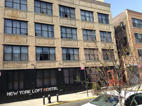The New York Loft Hostel: Building