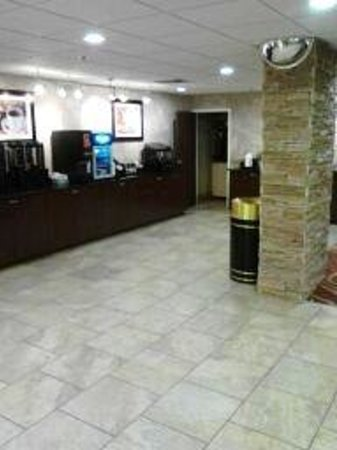 La Quinta Inn Davenport: lobby