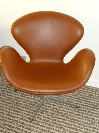 BEST WESTERN Hotel City: Famous Arne Jacobsen 'Swan' chair
