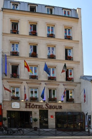 Hotel Aida Eiffel Segur