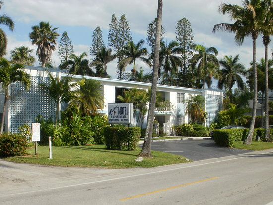 Mariner Apartments & Motel