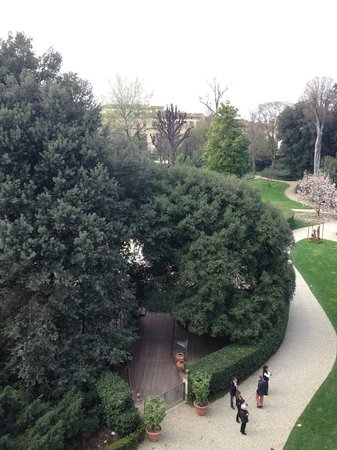 Four Seasons Hotel Firenze: Garden View from our room